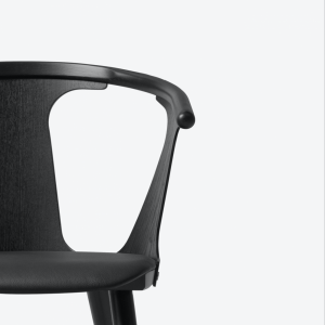 In Between Chair SK2 Black/Black Leather