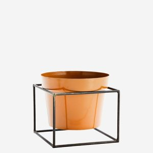 Iron flower pot w/ stand